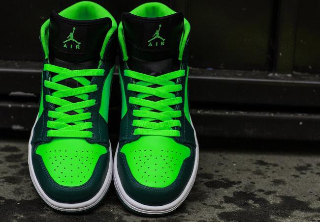 71c78f52a36 Air Jordan 1 Retro High The Return Gorge Green
