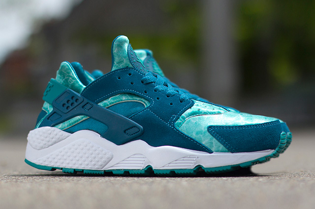 Nike Air Huarache Green Abyss