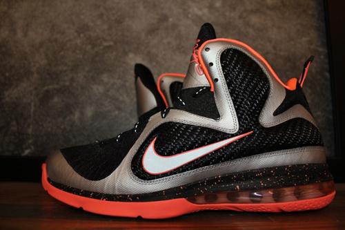 Nike Lebron 9 Mango