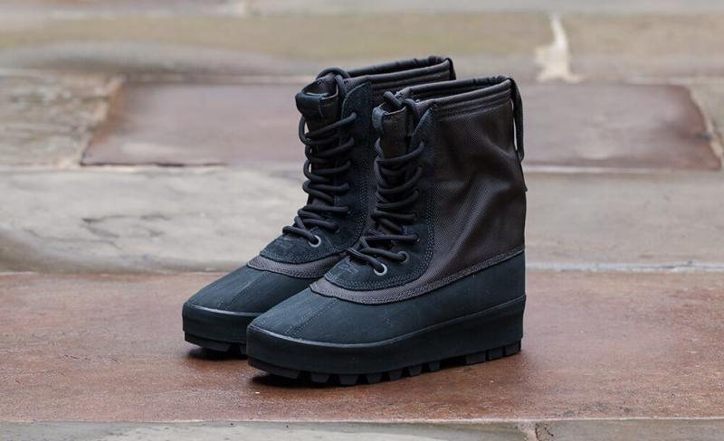 ShoeFax Adidas Yeezy Boost 950 Pirate Black
