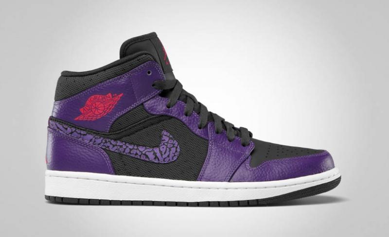 b80389a4214a Air Jordan 1 Phat Anthracite   Club Purple - Spark
